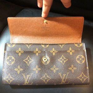 Sarah wallet